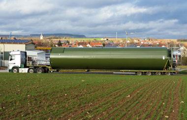 SPEEDLOG transportiert Füllersilo nach Holland