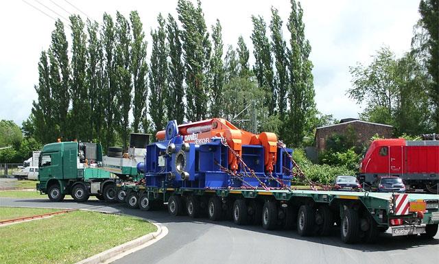 Speedlog befördert eine Schrottpresse nach München