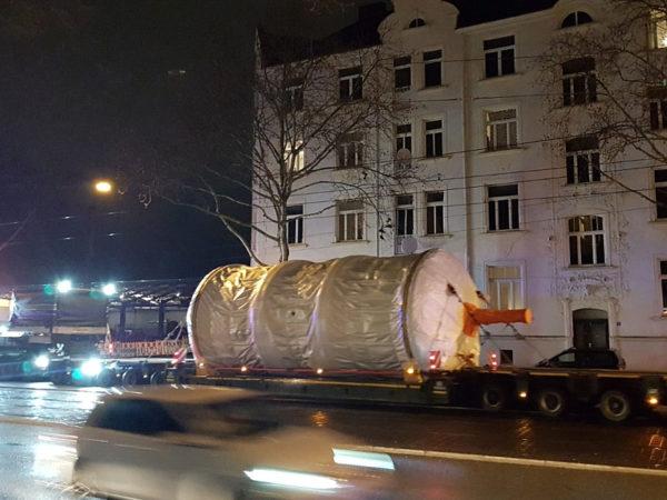 SPEEDLOG transporta un sistema de secado industrial a Suecia