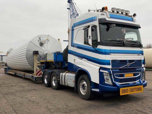 Speedlog transportiert einen Bitumentank nach Frankreich - Speedlog GmbH - Internationale Spedition & Logistik